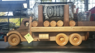 market-tn-whiskey-toy-truck